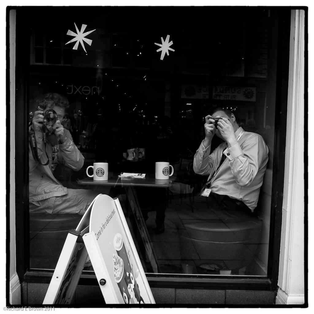 Coffee and Cameras - Nikon V1 10mm f/2.8